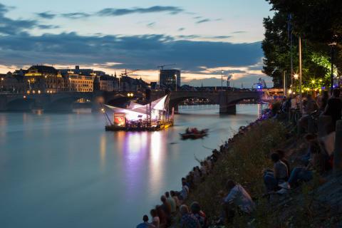 IMFLUSS Festival in Basel auf dem Rhein
