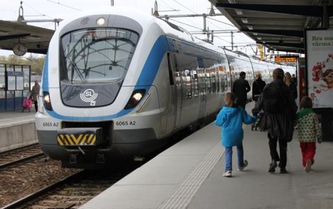 MTR Gamma AB kommer att ta över pendeltågsverksamheten i Stockholmsregionen