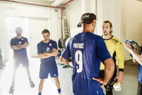 Watch out! Stephan Luca, Kostja Ullmann, Patrice, Jeremy Grube vor dem Spiel