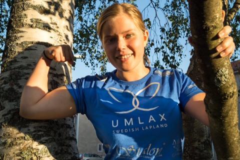 Umlax AB sponsrar Natali till VM i armbrytning