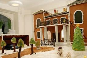 """Budgivningen kan börja för """"Världens dyraste pepparkakshus"""" – säljs för välgörenhet"""
