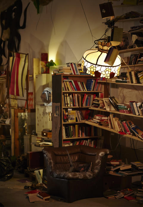 Laura Lima, Den nakna magikern/The Naked Magician, 2008/10/13/14