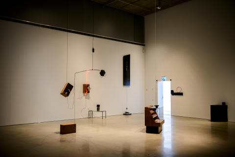 Untitled Song Featuring Untitled Works by James Clarkson, 2010. Foto: Olle Kirchmeier/Bonniers Konsthall.