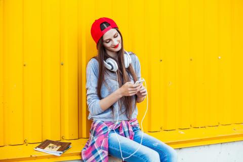 Salget av hodetelefoner vokser kraftig