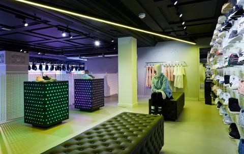 ASICS Regent St Interiors_011