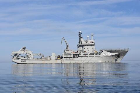 Ett unikt tillfälle att besöka dykeri och ubåtsräddningsfartyget HMS Belos i Stockholm