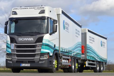 Scania R 410 LNG - konzipiert für den Transport von Trockeneis