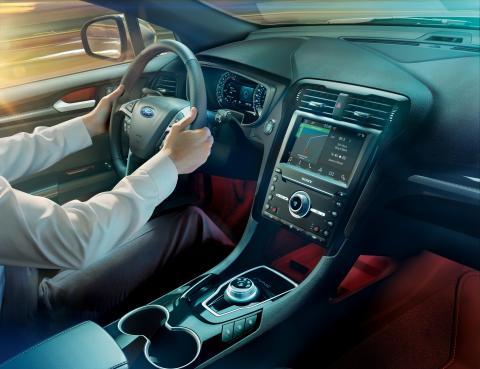 Ford Mondeo Hybrid_2019