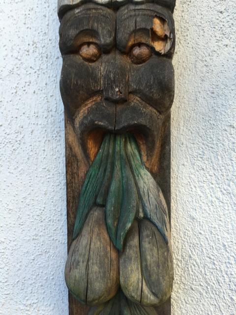 Peter Stormares  trähantverk