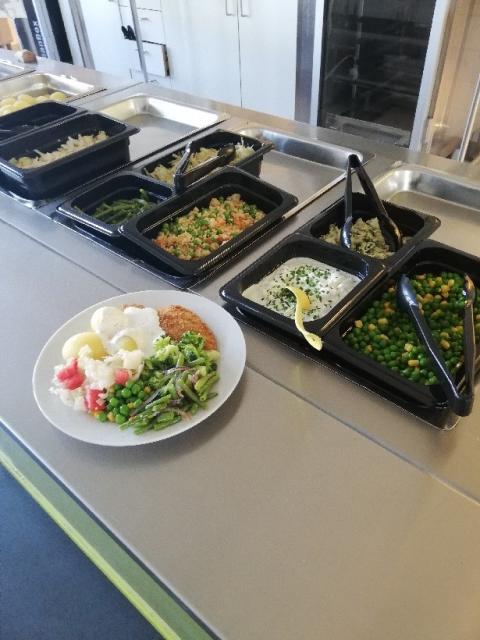 Nytt lunchsällskap i Axvall