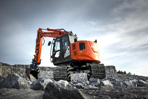 Kompakt och skogsanpassad grävmaskin från Hitachi