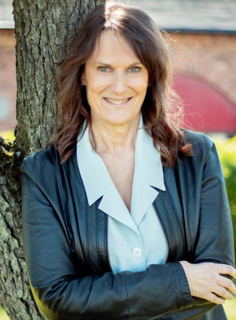 """Kia Helles - En av författarna i boken """"Tips från Coachen - led dig själv #2"""""""
