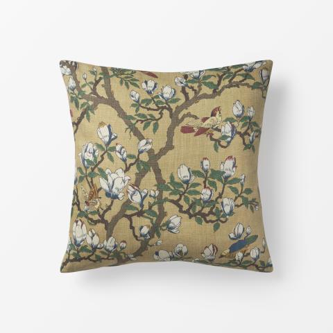 Svenskt_Tenn_Cushion_Japanese_Magnolia_Linen_Yellow_50x50cm_1