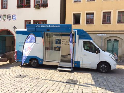 Beratungsmobil der Unabhängigen Patientenberatung kommt am 2. Mai nach Ansbach.