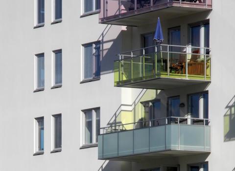 Valår med stark bostadsmarknad och ny färgtrend
