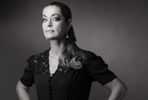 Hållbar glamour med Camilla Thulin i ny UR-serie