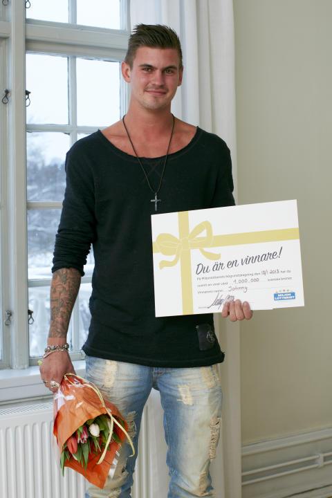 Johnny från Lödöse vann 1 miljon på lott från Miljonlotteriet!