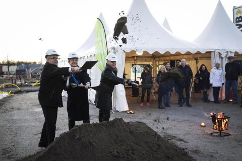 Första spadtaget för nytt småskaligt storkvarter i Sofielund