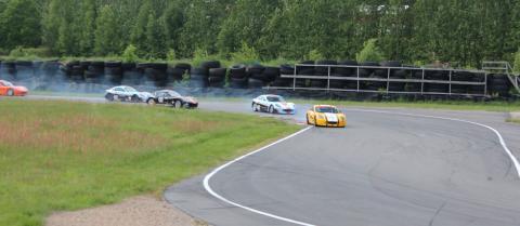 Starten i ett av racen på Falkenberg