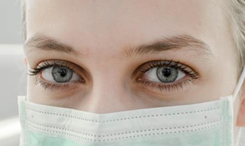 Endast var tredje litar på att svensk sjukvård klarar ett coronautbrott