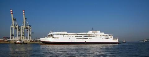 Erste von zwei Scandlines-Fähren bei Blohm+Voss eingetroffen_2