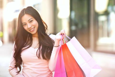 Teenagerpiger er i risiko for at få parfumeallergi