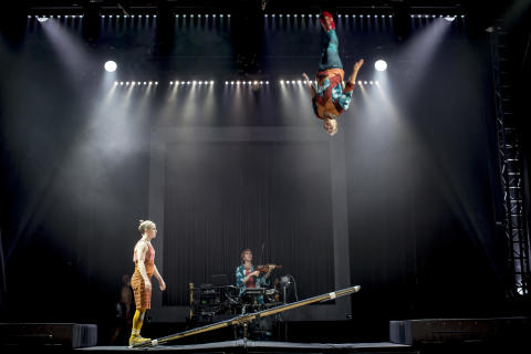 Cirkus Cirkör till New York — spelar på Brooklyn Academy of Music