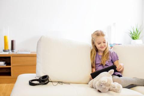 Skal der være regler for børns brug af iPad og mobil?