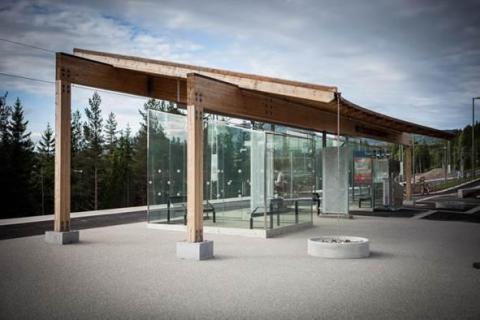 DEKRA kontrollerar den första tillgänglighetsanpassade hållplatsen för Jernbaneverket i Norge