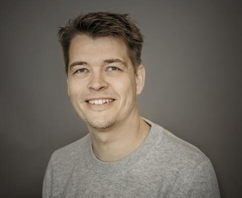 Jesper Rølund [Farve]