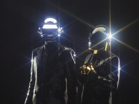 "Daft Punk feat. Pharrell Williams bjuder på nya singeln ""Lose Yourself to Dance"""