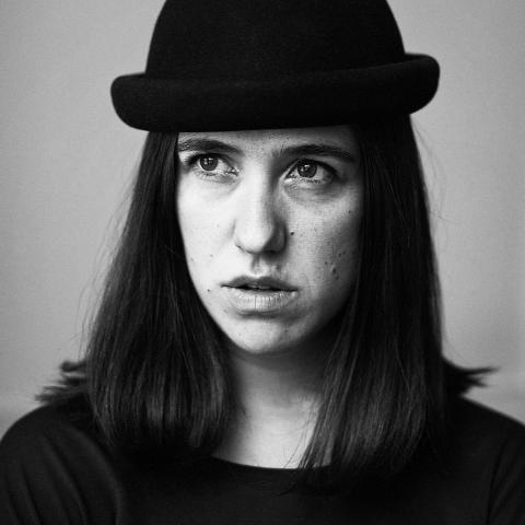 BRUS 12 februari - curator Amanda Apetrea