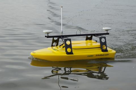 High res image - Oceanology International - Seafloor's new EchoBoat