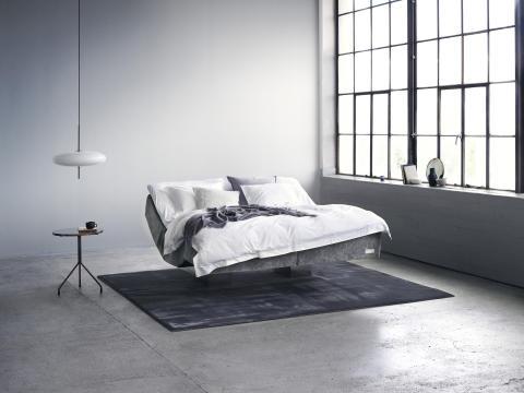 Carpe Diem Beds lanserar en svävande säng med en touch of tech