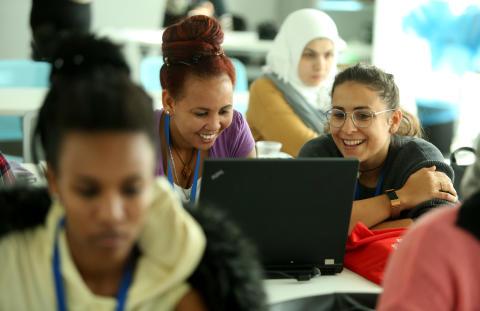 Ny tech-skole med fokus på digital empowerment af etniske minoritetskvinder lanceres i København - SAP Experience Center lægger lokaler til