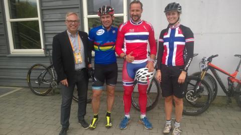 Kronprinsen på sykkel VM