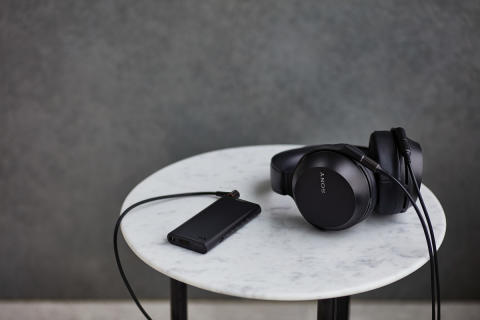 Reproduce the atmosphere of live music with MDR-Z7M2 Premium Headphones from Sony