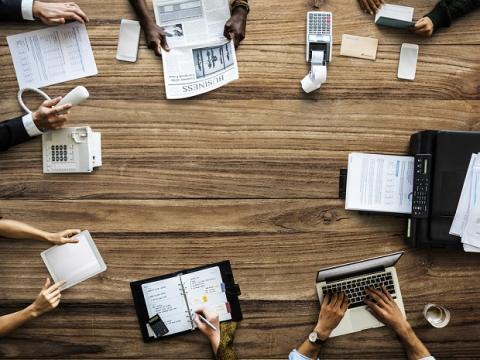 TCS gaat ASML helpen bedrijfsprocessen te vereenvoudigen en de stakeholdervaring te verbeteren