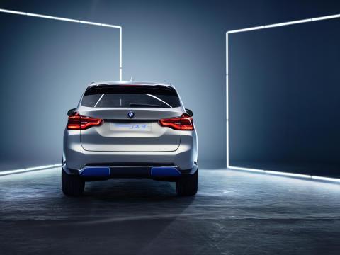 BMW Concept iX3 - BMW Group Norge