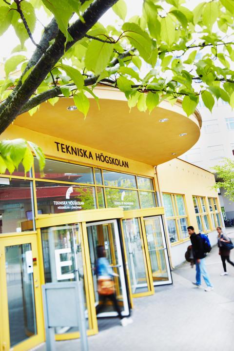 Studenter och företag möts på karriärmässa på Jönköping University