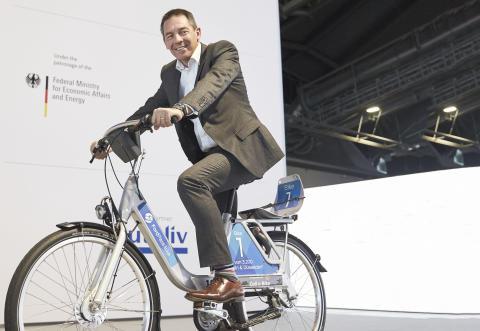 Ford första biltillverkare i Europa med cykelpool
