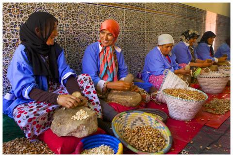 Yhteisökaupan arganöljy Marokosta