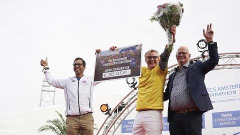 € 185.617 voor onderzoek naar kanker dankzij TCS Amsterdam Marathon