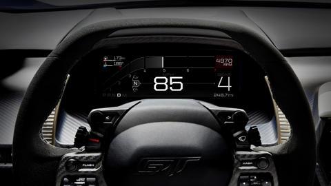 A Ford GT  digitális műszerfala