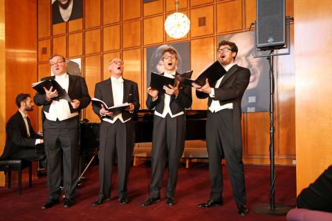 Chorauftritt zur Vorstellung des Jubiläumsprogramms