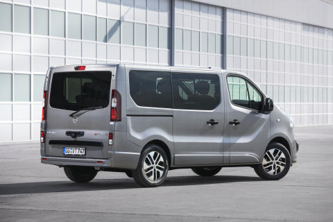 Opel-Vivaro-Tourer-308322