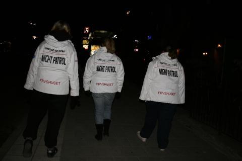 Beatrice Ask besöker United Sisters på Fryshuset Göteborg