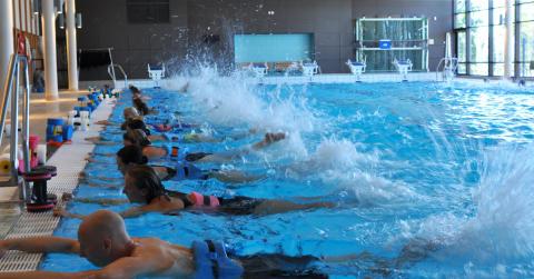 Sundstabadet blir värd för årets största konferens för vattenträning