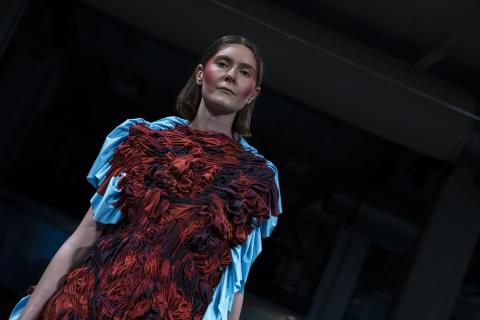 Rebecca Karlsson - Iconic Flower