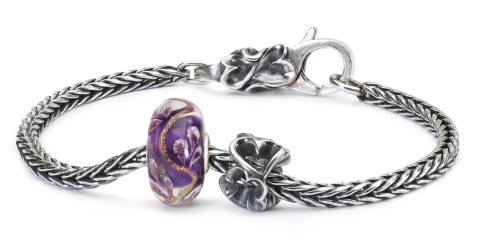 TAGBO-00656_Vine of Dreams Bracelet_round